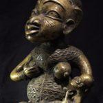 Bamileke Maternity Figure – Cameroon