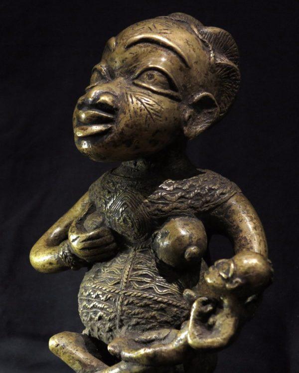Bamum Maternity Figure – Cameroon