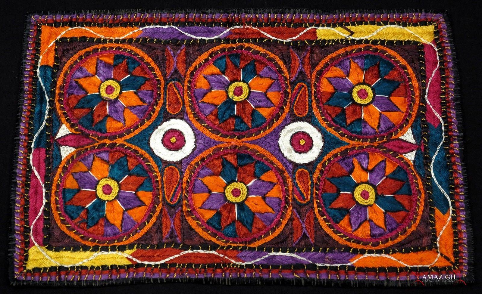 "Africa | Moroccan Berber woman's cape ~ ""Handira"" | Late ...  |Berber Tribe Fabric"