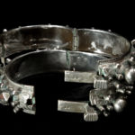 Old Pair Moorish/Berber Hinged Bracelet – MIZAM – Mauritania/South Morocco